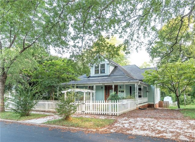 504 Armfield Street, Statesville, NC 28677 (#3430681) :: Stephen Cooley Real Estate Group