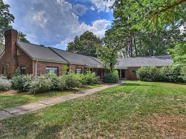 2128 Selwyn Avenue, Charlotte, NC 28207 (#3433455) :: The Temple Team