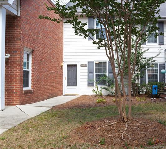 9407 S Vicksburg Park Court, Charlotte, NC 28210 (#3433546) :: RE/MAX RESULTS