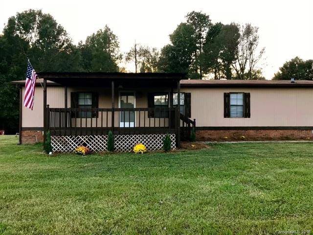 1466 Russell Road, Rock Hill, SC 29732 (#3434114) :: Team Honeycutt