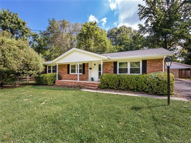 6911 Wrentree Drive, Charlotte, NC 28210 (#3434852) :: LePage Johnson Realty Group, LLC