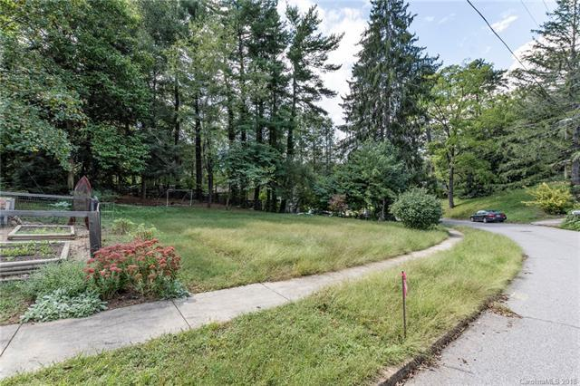 114 Clarendon Road A, Asheville, NC 28806 (#3435435) :: MartinGroup Properties