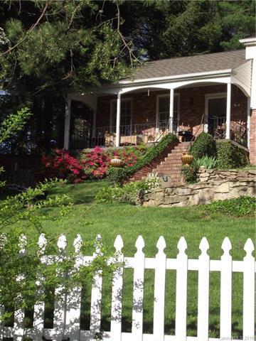 10 E Shore Drive, Asheville, NC 28805 (#3435926) :: Puffer Properties