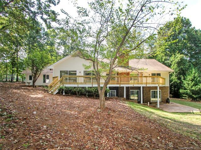 2 Longleaf Road, Lake Wylie, SC 29710 (#3436439) :: Team Southline