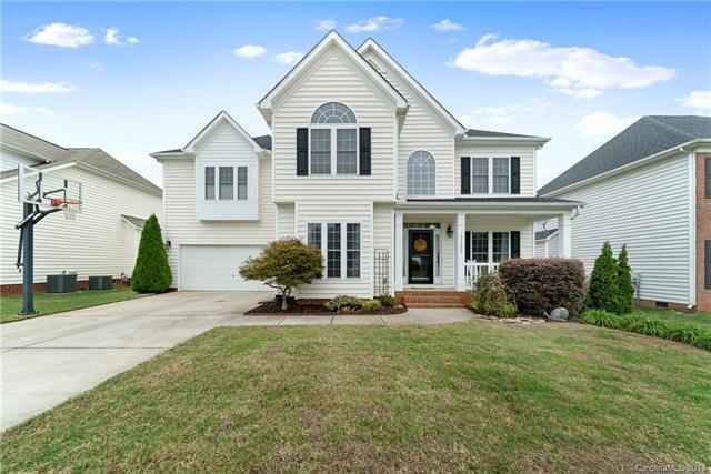 17335 Knoxwood Drive, Huntersville, NC 28078 (#3437243) :: Mossy Oak Properties Land and Luxury