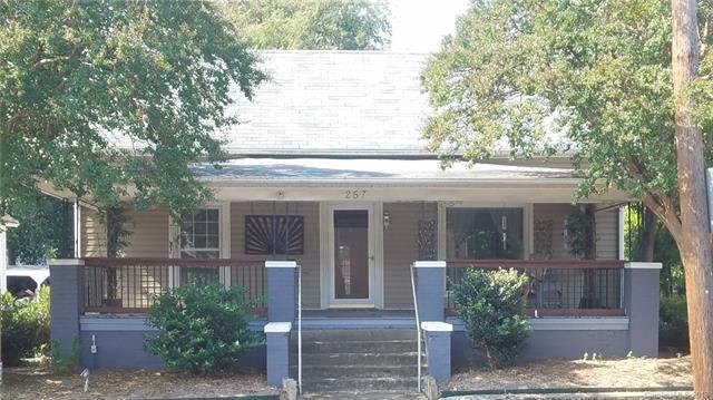 257 Church Street N, Concord, NC 28025 (#3437604) :: The Premier Team at RE/MAX Executive Realty