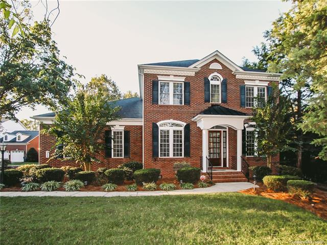 3125 Springs Farm Lane, Charlotte, NC 28226 (#3438916) :: Exit Mountain Realty