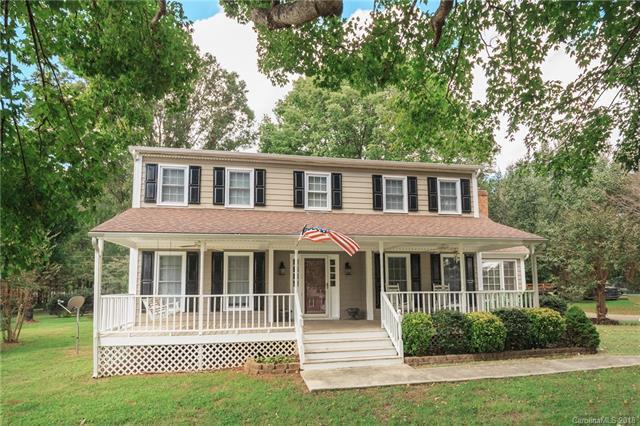 14321 Springwater Drive, Matthews, NC 28105 (#3442355) :: Miller Realty Group