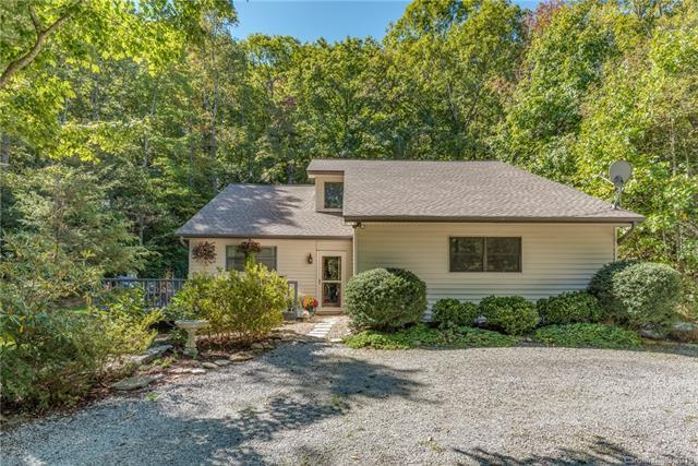 378 Laurel Creek Drive, Hendersonville, NC 28792 (#3442468) :: Rowena Patton's All-Star Powerhouse