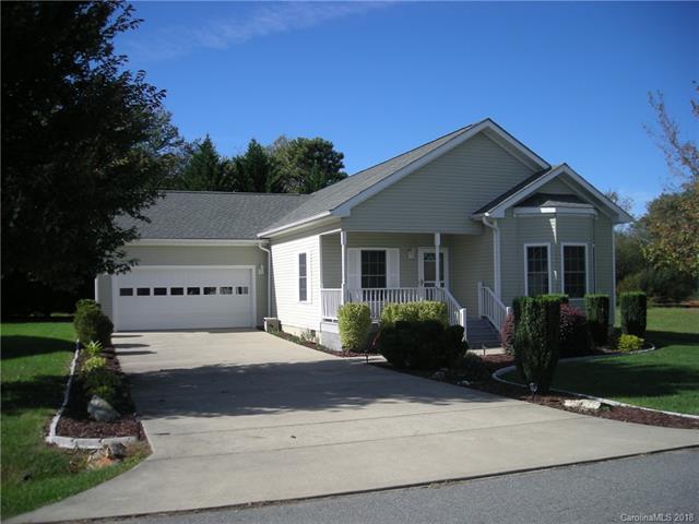 129 Beechnut Drive #6, Hendersonville, NC 28739 (#3443054) :: Exit Mountain Realty