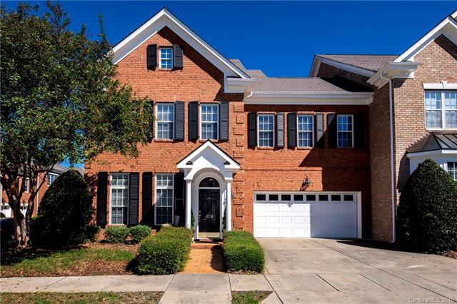 5250 Leonardslee Court, Charlotte, NC 28226 (#3443276) :: Besecker Homes Team