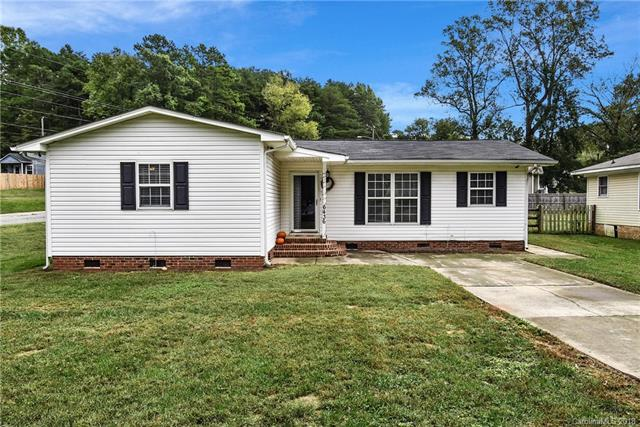 6436 Rockwell Boulevard, Charlotte, NC 28269 (#3443464) :: LePage Johnson Realty Group, LLC