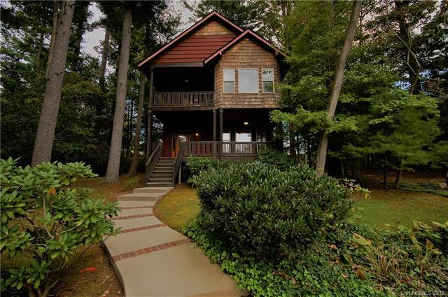 91 Lake Cove Road, Flat Rock, NC 28731 (#3443636) :: Exit Mountain Realty