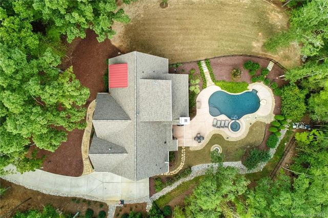 4086 Country Overlook Drive, Fort Mill, SC 29715 (#3444021) :: Phoenix Realty of the Carolinas, LLC