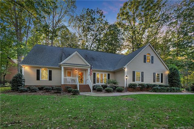 1721 Clubview Circle, Gastonia, NC 28056 (#3444155) :: MECA Realty, LLC