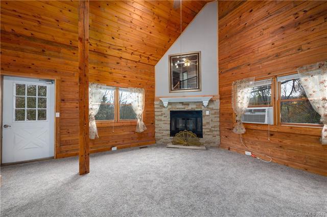 119 Loop Road, Clyde, NC 28721 (#3444328) :: Puffer Properties
