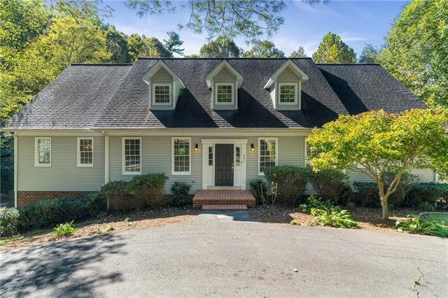 931 25th Avenue Drive NW, Hickory, NC 28601 (#3445054) :: High Performance Real Estate Advisors