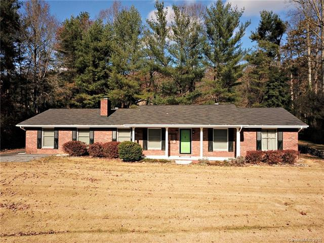 1986 Haywood Road, Hendersonville, NC 28791 (#3446122) :: Exit Mountain Realty