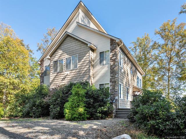 323 Jacks Knob Road, Barnardsville, NC 28709 (#3446298) :: Puffer Properties