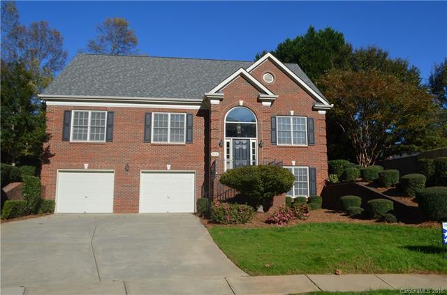 516 Clairview Lane, Matthews, NC 28105 (#3446863) :: Rinehart Realty
