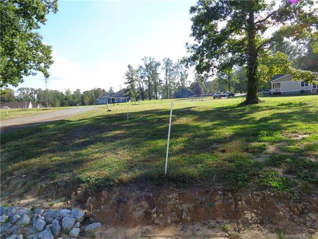 86 Copper Crest Circle #86, Hendersonville, NC 28792 (#3447166) :: Mossy Oak Properties Land and Luxury