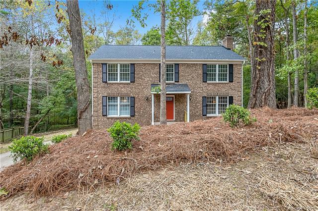 7305 Willow Creek Drive, Charlotte, NC 28270 (#3448340) :: Exit Mountain Realty