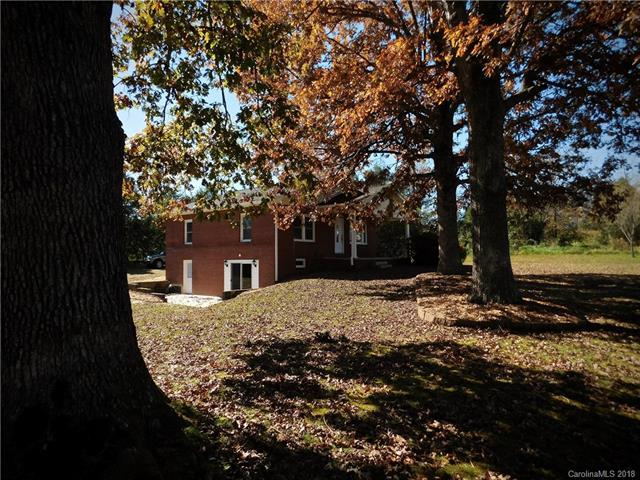 423 Tabor Road, East Flat Rock, NC 28726 (#3448452) :: RE/MAX Four Seasons Realty