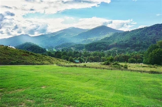 751 Soco Road W, Maggie Valley, NC 28751 (#3448680) :: Washburn Real Estate