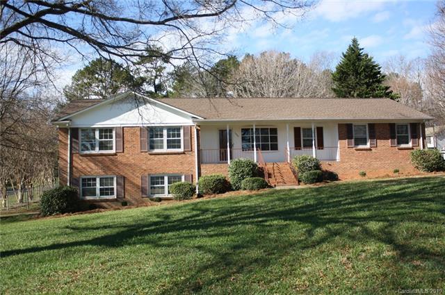 14301 Springwater Drive, Matthews, NC 28105 (#3449663) :: Exit Mountain Realty