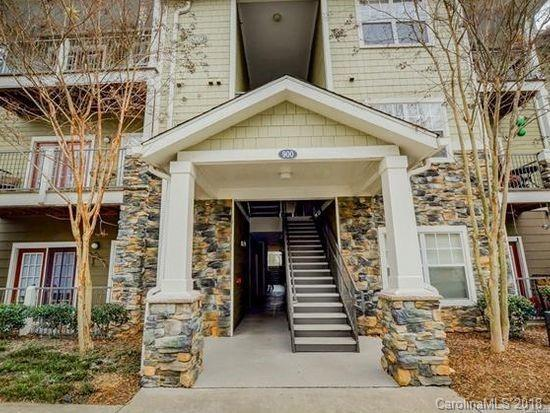 900 Vista Lake Drive #107, Candler, NC 28715 (#3449699) :: RE/MAX Four Seasons Realty
