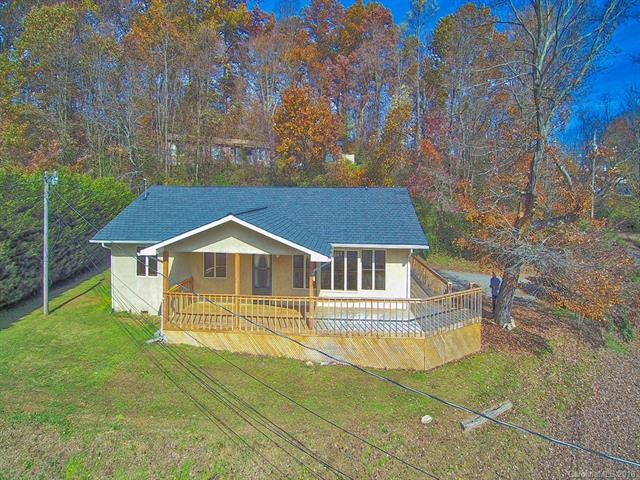 376 Ray Street, Waynesville, NC 28786 (#3451152) :: Exit Mountain Realty