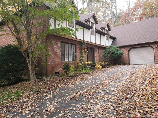 103 Timber Creek Road, Hendersonville, NC 28739 (#3451390) :: Rinehart Realty