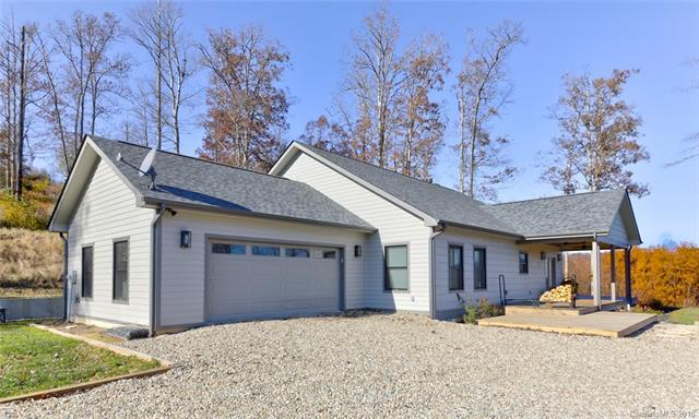 645 Silverglen Way #61, Hendersonville, NC 28792 (#3451831) :: Puffer Properties