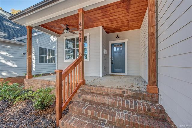 4034 Avalon Avenue, Charlotte, NC 28208 (#3452359) :: Homes Charlotte