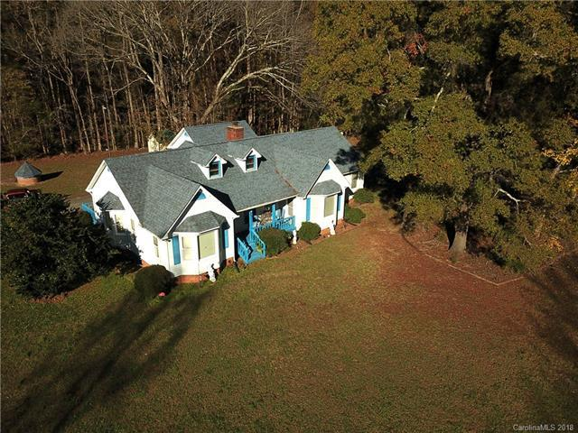 10930 Beatties Ford Road, Huntersville, NC 28078 (#3452489) :: LePage Johnson Realty Group, LLC