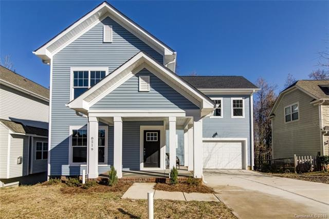 8219 Dumphries Drive, Huntersville, NC 28078 (#3453967) :: Exit Mountain Realty