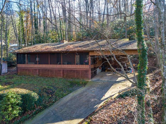 312 Azalea Drive, Maggie Valley, NC 28751 (#3454126) :: Exit Mountain Realty