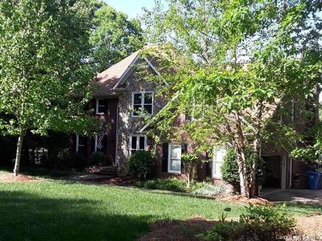 5013 Laurel Grove Lane, Matthews, NC 28104 (#3454707) :: LePage Johnson Realty Group, LLC