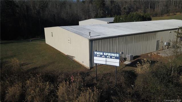 145 Twin Springs Road, Hendersonville, NC 28792 (#3454865) :: Odell Realty
