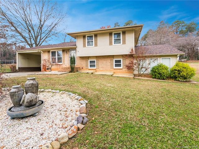 607 Edgewater Drive, Belmont, NC 28012 (#3457405) :: Roby Realty