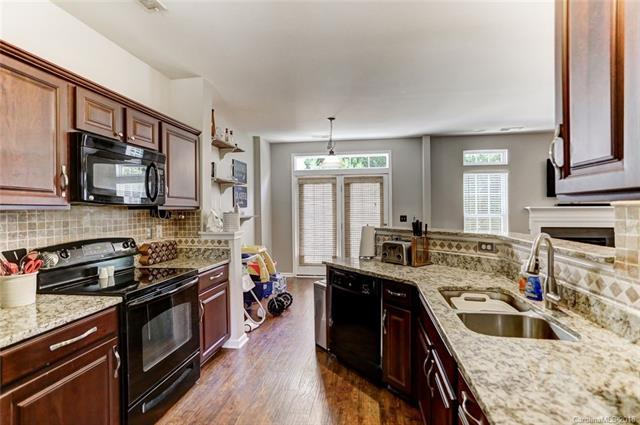 2327 Whitford Lane, Charlotte, NC 28210 (#3457921) :: The Premier Team at RE/MAX Executive Realty