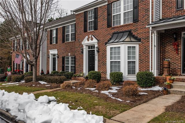 19115 Juanita Lane, Cornelius, NC 28031 (#3458724) :: Mossy Oak Properties Land and Luxury