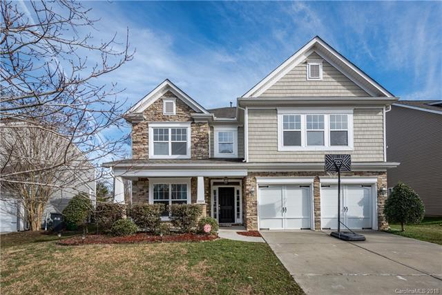 10024 Seven Oaks Drive, Charlotte, NC 28215 (#3459210) :: Carlyle Properties