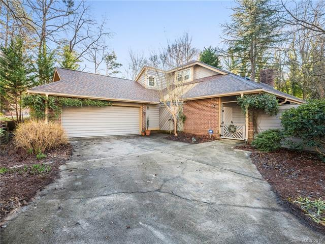 6313 Saddlebrook Court, Charlotte, NC 28226 (#3460362) :: Exit Mountain Realty