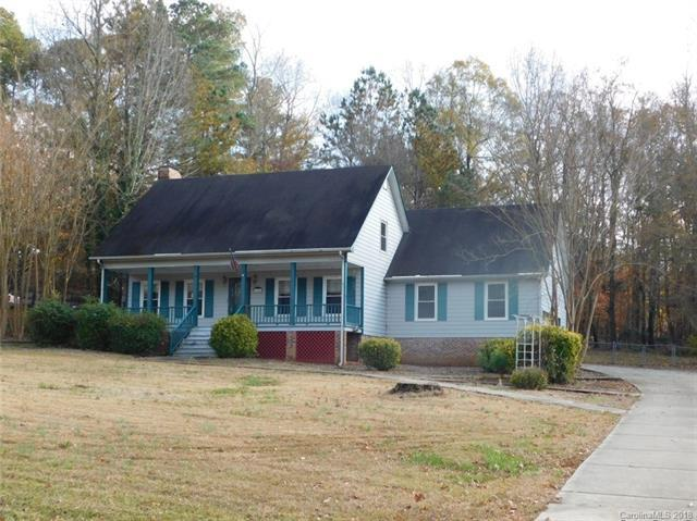 140 Highland Woods Road, Wadesboro, NC 28170 (#3460990) :: Exit Mountain Realty