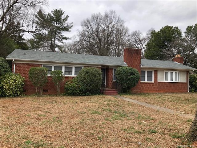 4901 Allen Road E, Charlotte, NC 28269 (#3463488) :: Exit Mountain Realty