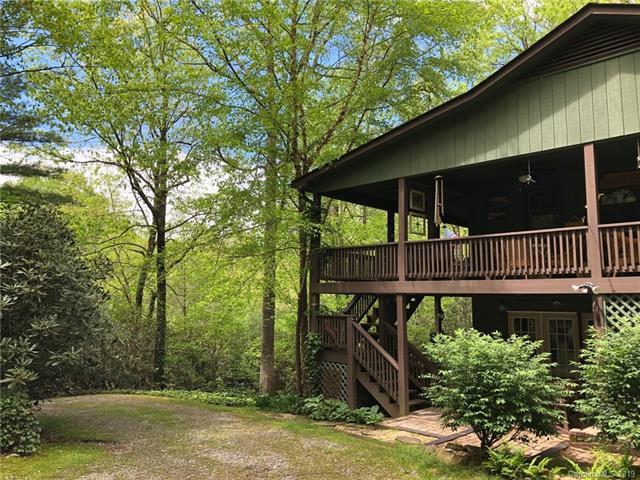 87 Cherokee Circle, Lake Toxaway, NC 28747 (#3463729) :: Carlyle Properties