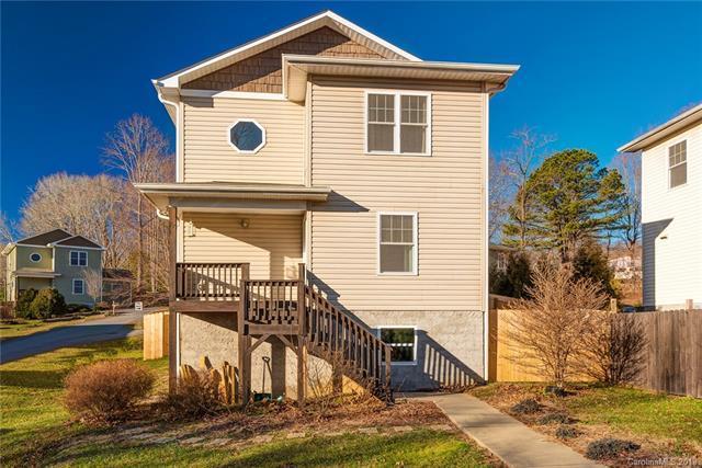 27 Byrd Road, Black Mountain, NC 28711 (#3463926) :: Puffer Properties