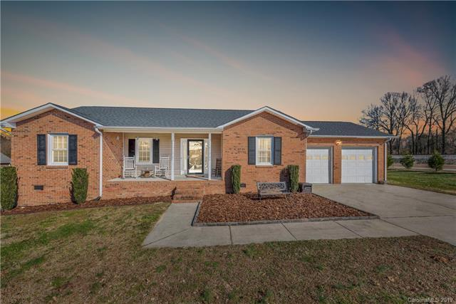 102 Ivy Street, Grover, NC 28073 (#3464493) :: Team Honeycutt