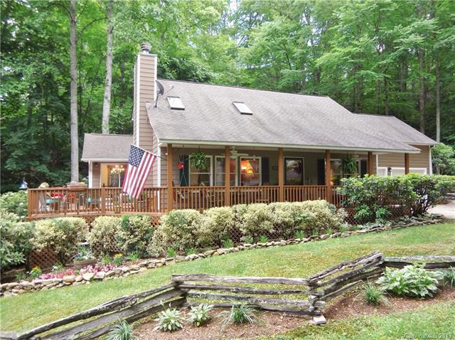 125 Brannon Forest Drive, Waynesville, NC 28785 (#3467260) :: Mitchell Rudd Group